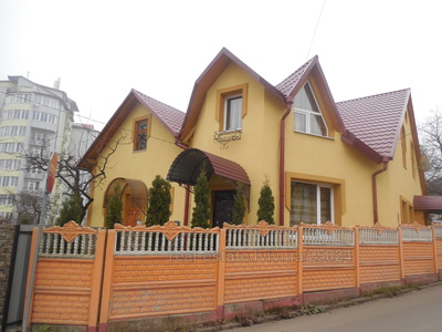 Vacation home, Simonenka-vul, Truskavets, Drogobickiy district, 3 rooms, 550 uah/day